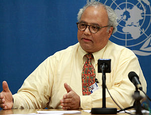 Eric Goosby - Goosby at a Press Conference at the United Nations Office in Geneva, December 11, 2009