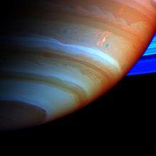 Immagine dalla Cassini in falsi colori della