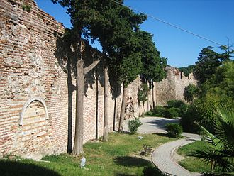 Alexios Komnenos (governor of Dyrrhachium) - The Byzantine-era city walls of Dyrrhachium (modern Durrës, Albania)