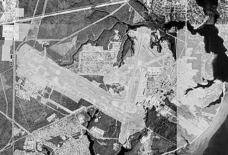 Destin–Fort Walton Beach Airport - USGS 1999 orthophoto