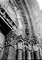 Eglise Saint-Michel - Portail ouest- chapiteaux et départs de voussures - Nantua - Médiathèque de l'architecture et du patrimoine - APMH00029590.jpg