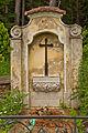 Ehem. Friedhof Döllersheim - Grabmal der Familie Lamberg II.jpg