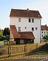 Einfaches Traufständiges verputztes Fachwerkhaus - Eschwege Ecke Unter dem kleinen Wehr-Bremer Straße - panoramio.jpg