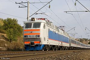 Electric locomotive ChS8-033.jpg