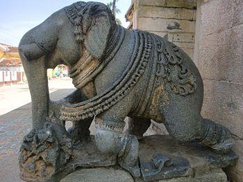 Elephant sculpture at entrance of Lakshmi narasimhaswami temple, Javagal.jpg