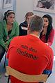 Elever fran Boskolan samtalar med en av de levande bockerna pa levande bibliotek uncer den nordiska veckan i Goteborg.jpg