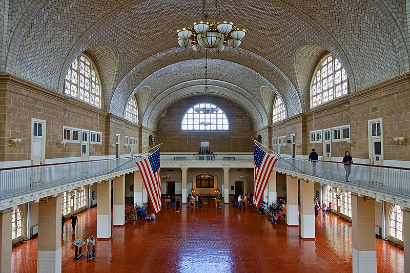 File:Ellis Island - Great Hall.JPG