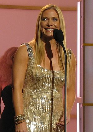 Emily Procter - Procter presenting at Fashion Rocks 2008