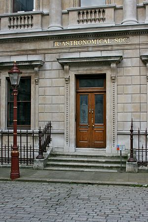 Royal Astronomical Society - Image: Entrance to the Royal Astronomical Society 3