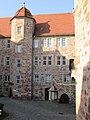 Eschweger Landgrafenschloss - Blick von der Treppe mit dem schönen Kandelaper - Schlossplatz - panoramio.jpg