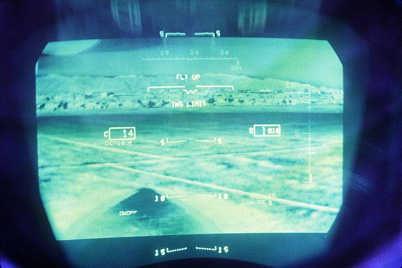 800px-F-15E_LANTIRN_IR_HUD_image.jpg