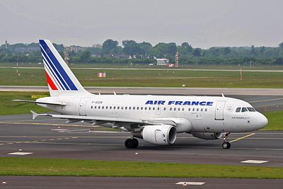 F-GUGR A318-111 Air France DUS 28MAY10 (5737287731).jpg