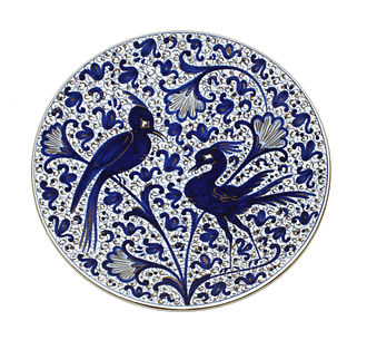 Tin-glazed pottery - Tin-glazed (Majolica/Maiolica) plate from Faenza, Italy