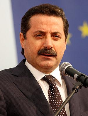 Faruk Çelik - Image: Faruk Çelik (cropped)