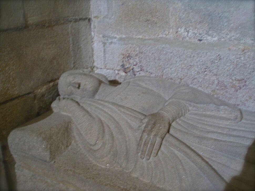 Sepulcro do infante Fernando Afonso. Fillo e herdeiro do rei Afonso VIII. (m. 1214)