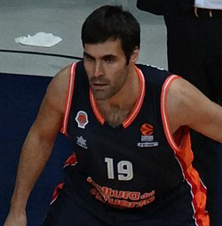 Fernando San Emeterio 19 Valencia Basket 20171102 (2).jpg