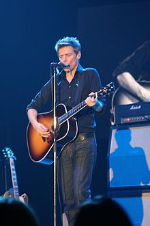Flickr Bryan Adams in Peterborough 2009 (02).jpg
