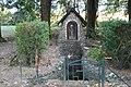 Fontaine Saint-Viventien de Saint-Vincent-des-Prés 7 - wiki takes le Saosnois.jpg