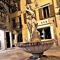 Fontana di Bacco foto 2.jpg