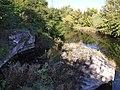 Fort Okęcie - pozostałości betonowych umocnień fosy - panoramio.jpg