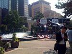 Fountain, MSNBC, Henke (2818482622).jpg