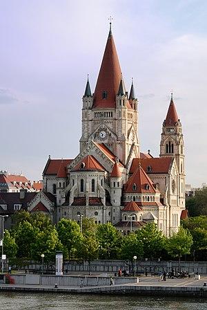 Franz_von_Assisi_Kirche-DSC_0004w.jpg
