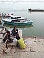 Ganges, Varanasi (8748086392).jpg