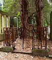 Gittergrab - Jüdischer Friedhof Ohlsdorf.jpg