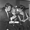 Grand Gala du Disque 1965 , het 9-jarig zoontje Gaby van Toon Hermans , samen me, Bestanddeelnr 918-2582.jpg