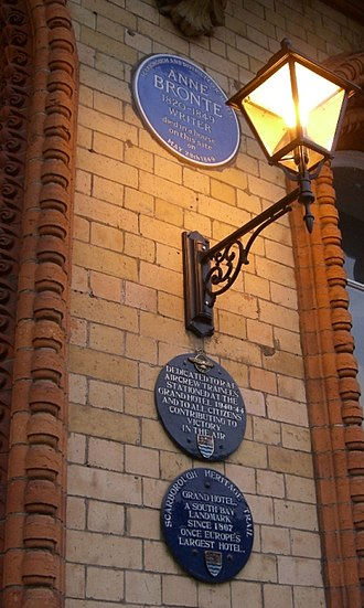 Grand Hotel (Scarborough) - The hotel's blue plaques