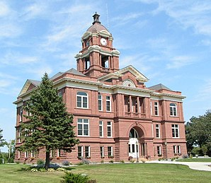 Das Grand County Courthouse in Elbow Lake, seit 1985 im NRHP gelistet[1]