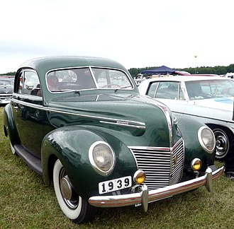 Mercury Eight - 1939 Mercury 8 Sedan-Coupe
