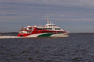 Halunder Jet (ship, 2003) 2011-by-RaBoe-25.jpg