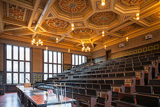 """Lecture hall - """"Kali Chemie"""" lecture hall at the University of Hanover, Germany"""