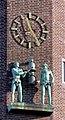 Haus Neuerburg Köln - Figuren und Uhr am Turm (9669-71).jpg