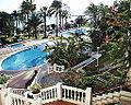 Hotel Trinton - panoramio.jpg