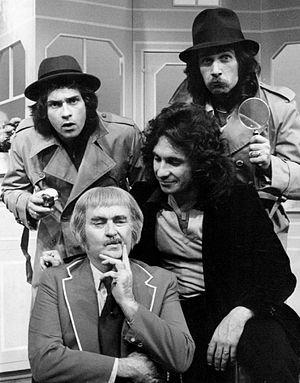 Hudson Brothers - The Hudson Brothers, (l-r) Brett, Bill, Mark with Captain Kangaroo (bottom), 1975