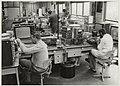 In de werkplaats van Philips Technisch Servicecentrum in de Waarderpolder, Jan van Krimpenweg 2, NL-HlmNHA 54013095.JPG