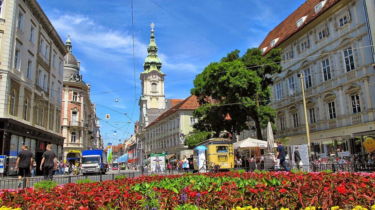 Transport persoane Campulung Moldovenesc Graz