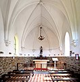 Intérieur de la chapelle Saint-Joseph de Bréel.jpg