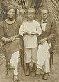 Isaac Moumé Etia, son épouse la Princesse Christine et leur fils cadet, Abel Moumé Etia.jpg