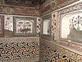 Itimad-ud-daulah Tomb 08.jpg