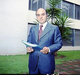 Juan Antonio Pérez López - Image: JUAN ANTONIO PEREZ LOPEZ IESE (Junio 1975)