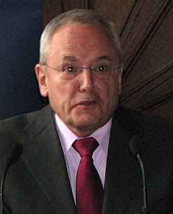 Jacques Barrot (cropped).jpg