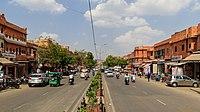 Jaipur 03-2016 25 Hawa Mahal Road at the City Palace.jpg