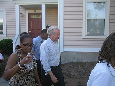 Lieberman during his re-election campaign on an independent ticket Joe Lieberman July 2006.jpg