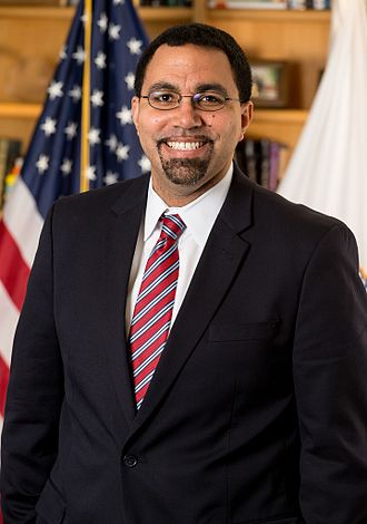 John King Jr. - Image: John B. King official portrait