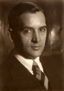 Joseph Nathaniel French I (1888-1975) in 1931 in Moscow.png