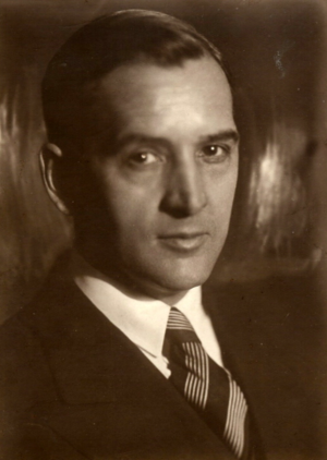 Joseph Nathaniel French - French in Moscow in 1931