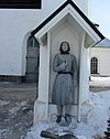 Kaarlela Church, Poor man statue from 1847 C IMG 9826.JPG